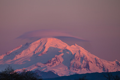 Alpenglow on Baker's Hat