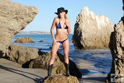 Beautiful Blonde Swimsuit Bikini Fitness Model Goddess!