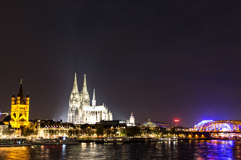 Cologne Cathdral and Train Bridge at Night