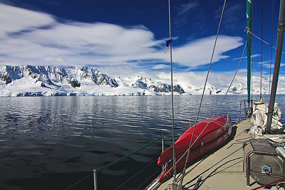 Sailing to Anarctica, moving south to Couverville.