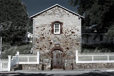 Historic vino shack.