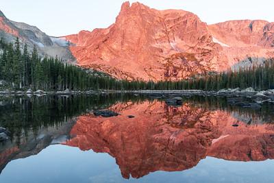 Hidden Lake tucked into RMNP at Sunrise