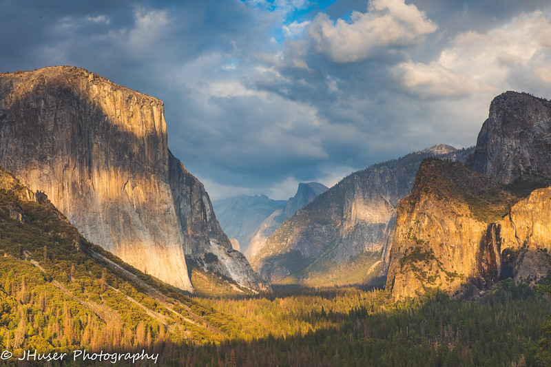 Tunnel view of the Valley in Yosemite National Park at sunset