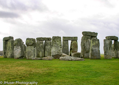 Stonehenge on a cloudy day