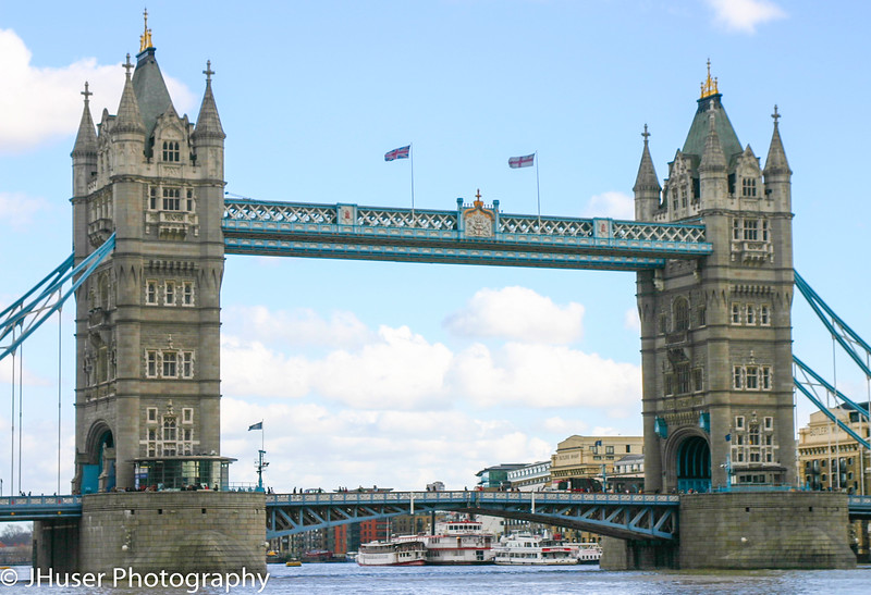 Closeer view of Tower Bridge