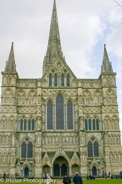 Front of Salisbury Cathedral