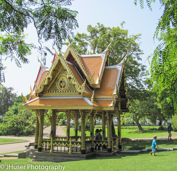 Thai pavilion in the Torre da Belum garden