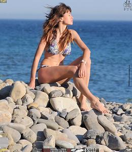 malibu beautiful woman april swimsuit 45surf 145.34