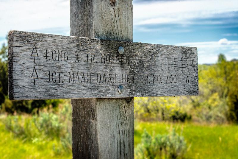 Long X Maah Daah Hey trail sign
