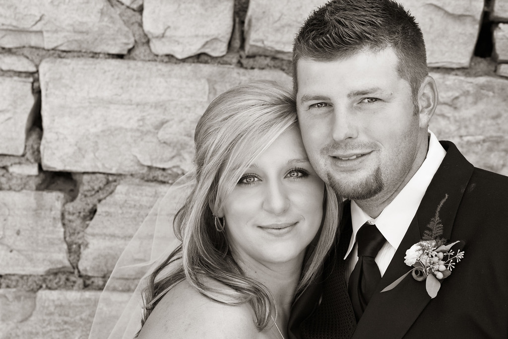 Matt and Lindy-112b&w