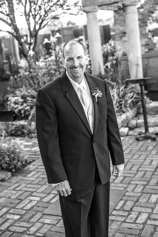 Seever Vow Renewal-103b&w