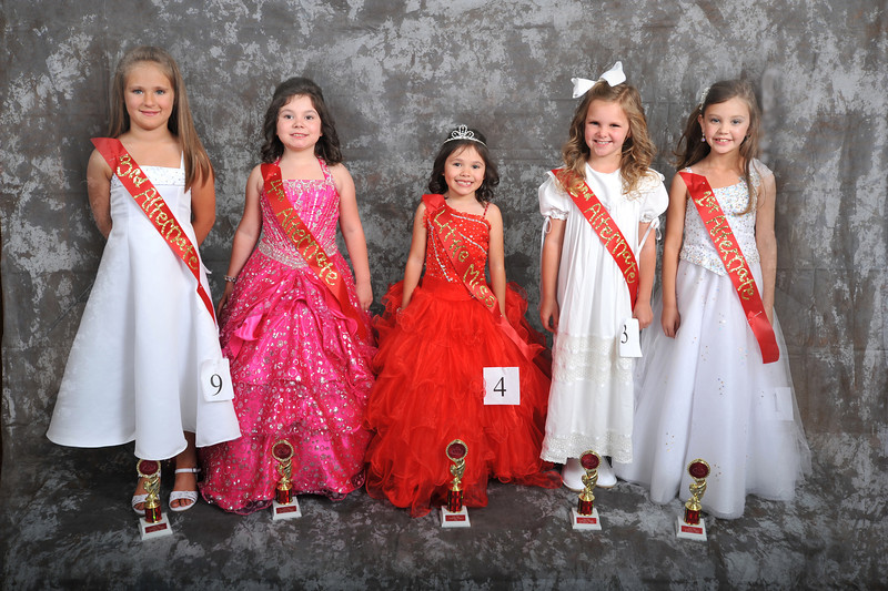 Little Miss I - Cora Grace Story (3rd), Kaleigh Garcia (4th), Haleigh Garcia (Little Miss I), Chloe Blaire Clement (2nd) and Mallory Kate Adams (1st) - Photo ©Joey Brent, 2012
