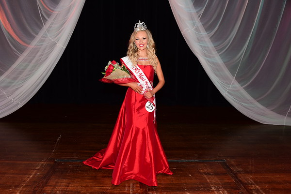 2017 LHS Miss Most Beautiful Pageant 1-14-17