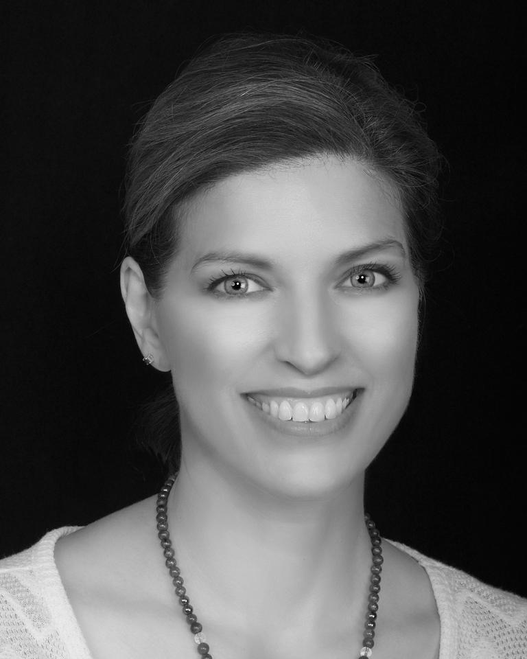Kristin Pomeroy, Photography by Anna Zuckerman-Vdovenko