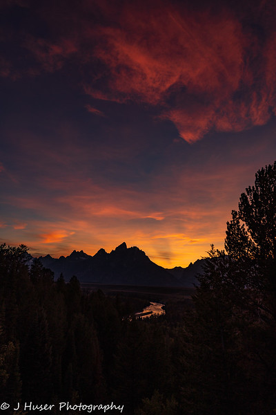 Vertical - sunset over the Teton mountains