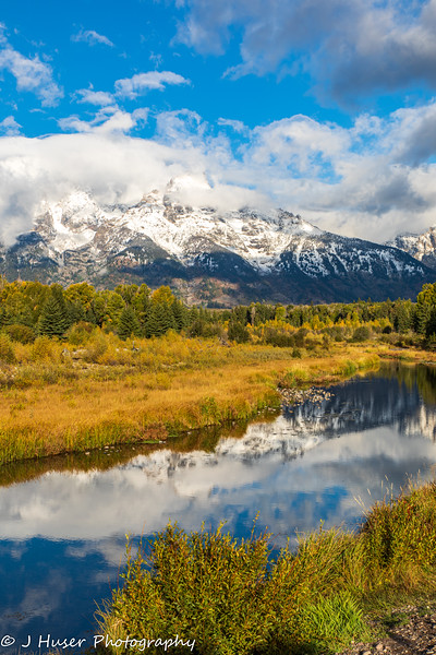 Mountain reflections in the Autumn