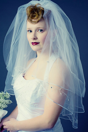 Bridal portrait (high contrast).