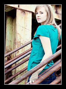 Gwen Senior 27