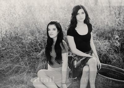 Holm Sisters 08bw