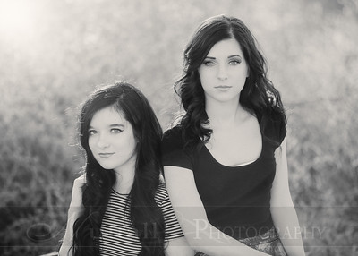Holm Sisters 01bw