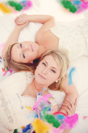 Tracy and Tara- trash the dress