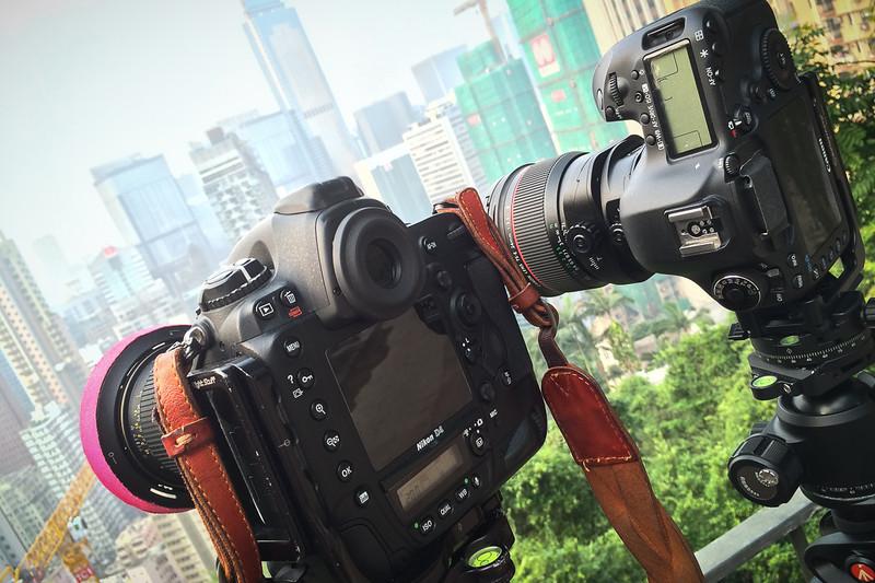 Nikon D4 et 5D mark III, tous deux équipés d'un tilt-shift 24 mm