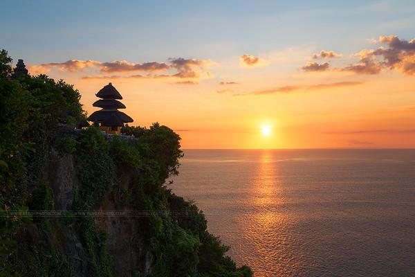 Le temple de Uluwatu, à l'extrème Sud de l'île de Bali.