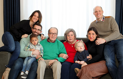 bechert-family-holiday-2-2017018