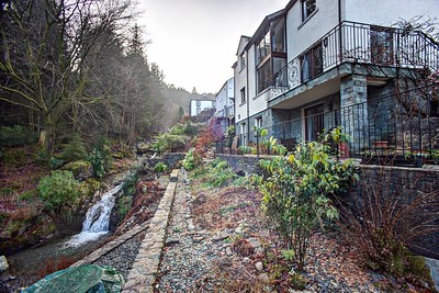 House & Annexe Exterior : Terrace And The Comb Beck