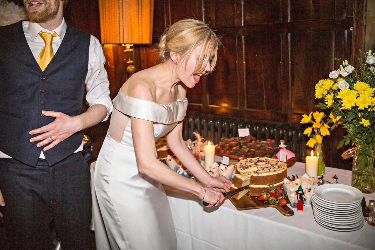 The Cake Cutting (2)