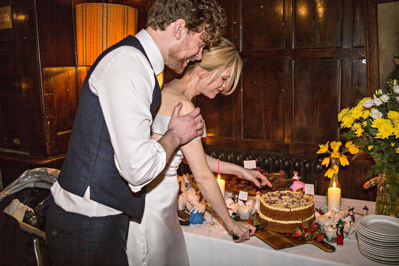 The Cake Cutting (1)