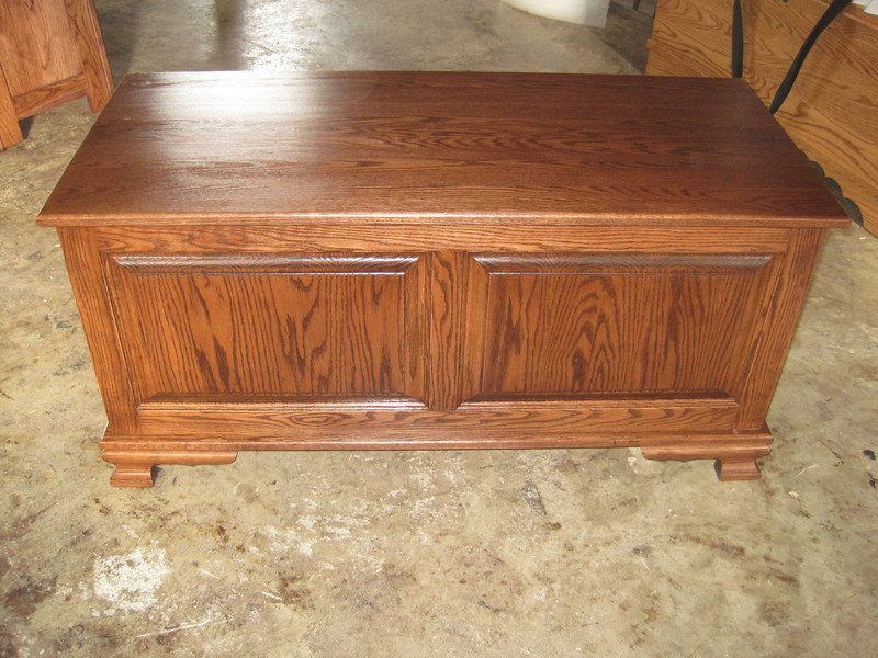 RUSTIC Oak Heritage Chest