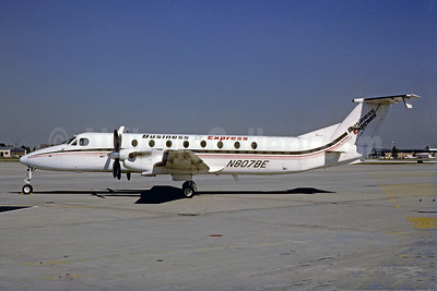 Business Express Beechcraft 1900C N807BE (msn UB-44) PHL (Robert Drum). Image: 103462.