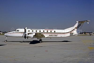 Business Express Beechcraft 1900C N807BE (msn UB-44) PHL (Robert Drum). Image: 103462.