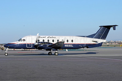 Great Lakes Airlines (USA) Beech (Raytheon) 1900D N169GL (msn UE-169) LAX. Image: 912456.