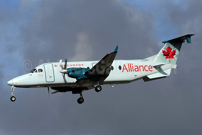 Air Canada Alliance-Air Georgian Beech (Raytheon) 1900D C-GORZ (msn UE-134) YYZ (Reinhard Zinabold). Image: 907938.