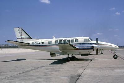 Hood Airlines Beech 99A Airliner N10HA (msn U-123) DAL (Robert E. Garrard). Image: 951296.
