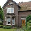 BP017  Teylingerlaan 55<br /> <br /> Meer informatie is te vinden in 'Monumenten in Sassenheim', een uitgave van de Stichting Oud Sassenheim