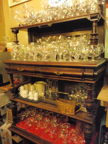 I love all the glassware