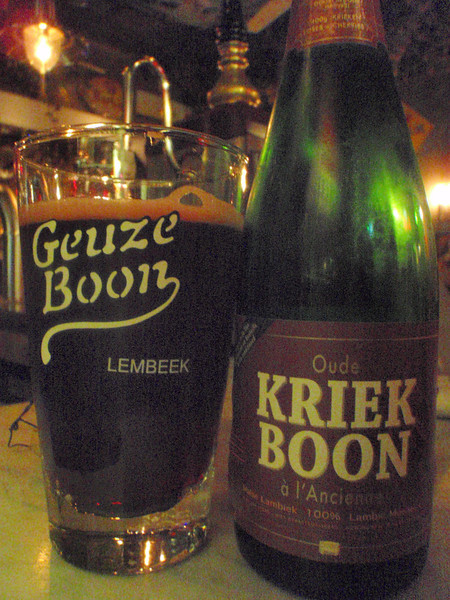 I'm back in Antwerp and back on the lambics, yummy!