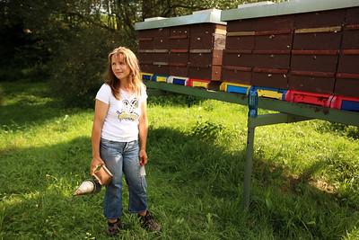 Simona Adamcova, Rokytník Bee Farm, Včelí farma Rokytník, Hronov, Czech Republic