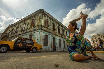 Cuban Compass Pose ~ La Habana