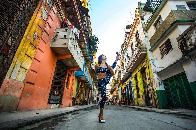 Balanced & Focused  Street Composition ~ Havana, Cuba