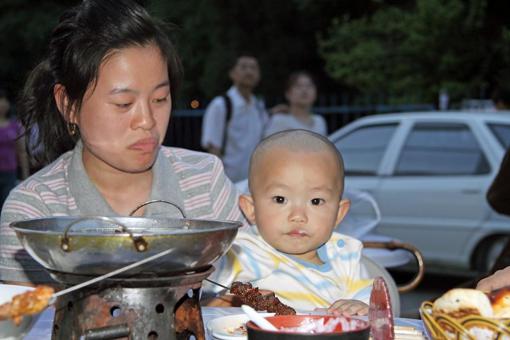 Mama+Baby Beijing © Lewis Sandler Beijing Video Studio