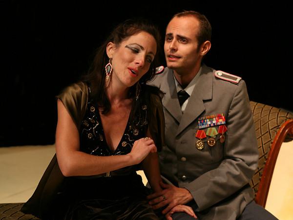 Act III <i> Da tempeste</i>, Cleopatra: Bridgid Eversole, Cesare: Nicholas Tamagna