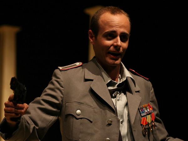 Act II <i> Al l'ampo dell'armi</i>, Cesare: Nicholas Tamagna Cleopatra: Bridgid Eversole Curio: Charles Hyland