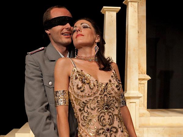 Act II <i> Se in fiorito</i>, Cesare: Nicholas Tamagna Cleopatra: Bridgid Eversole