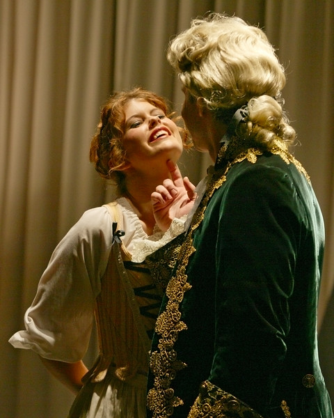 W. A.  Mozart  Le Nozze di Figaro. Bel Cantanti production in December 2006.