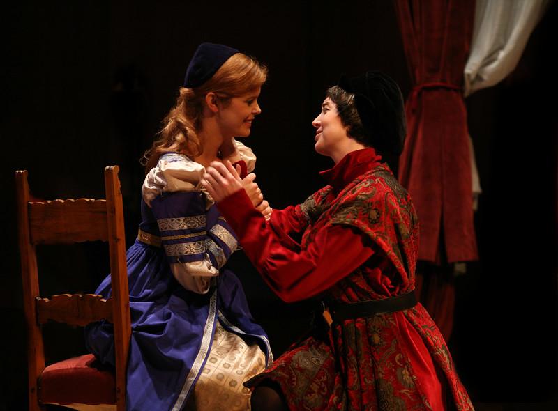 Romeo: Jessica Renfro, Giulietta: Meghan McCall````````