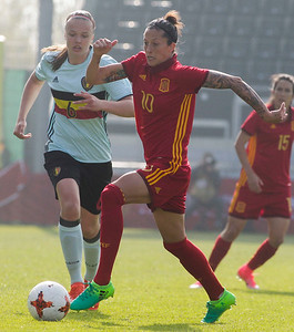 2017-04-08 - Eupen - Interland - Belgium Red Flames - Spain - Jennifer Hermoso (Spain) - Tine De Caigny (Belgium)